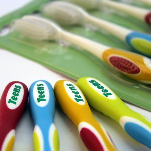 Integrated Oral Care IOC Teen Toothbrush